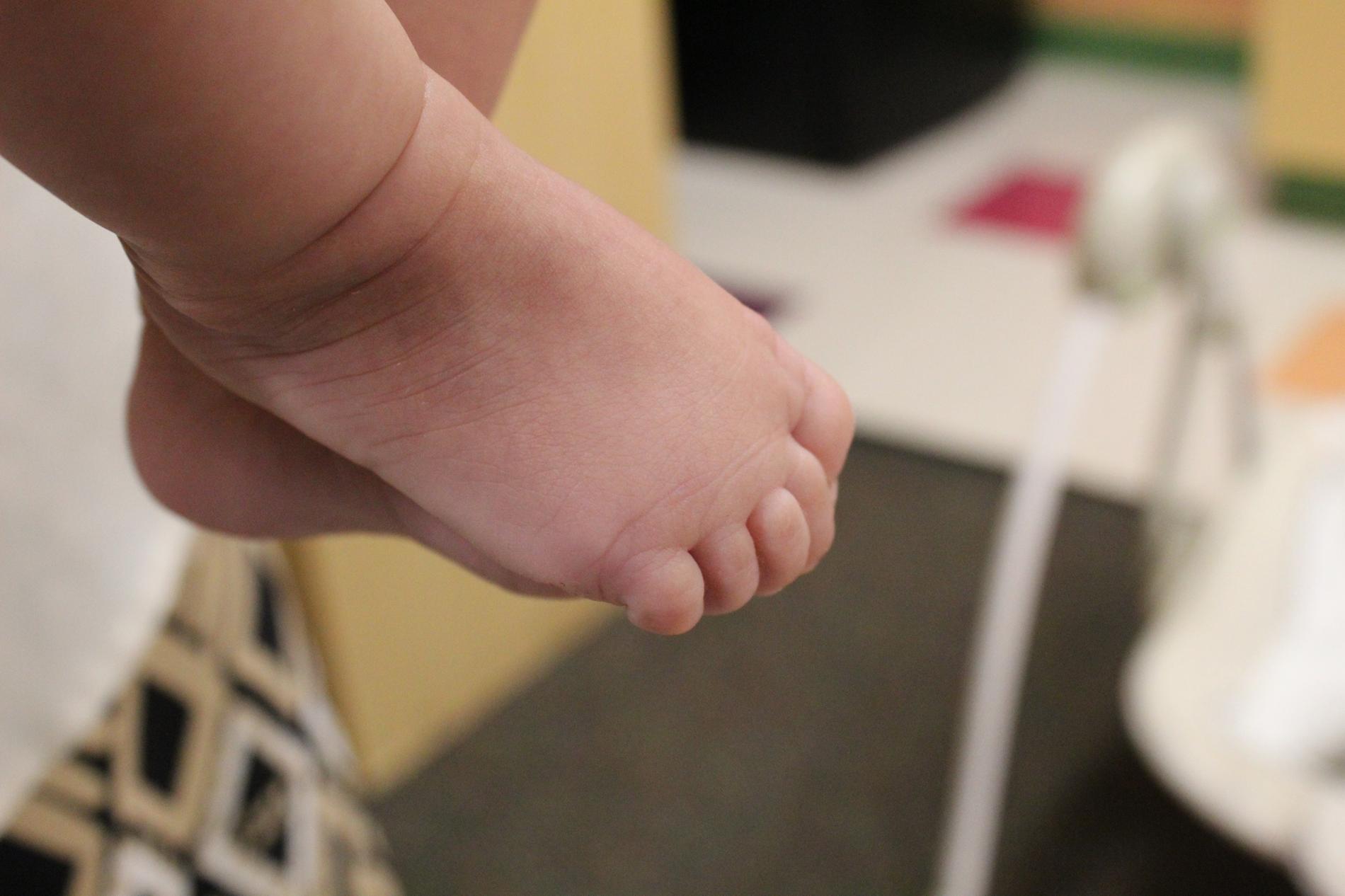 EEC feet
