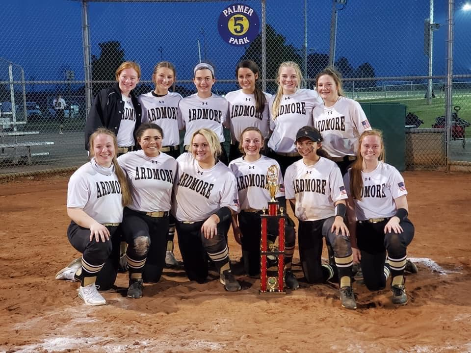J.V. Lady Tigers with Trophy