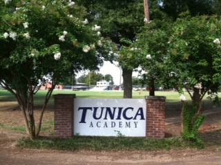 Tunica Academy sign