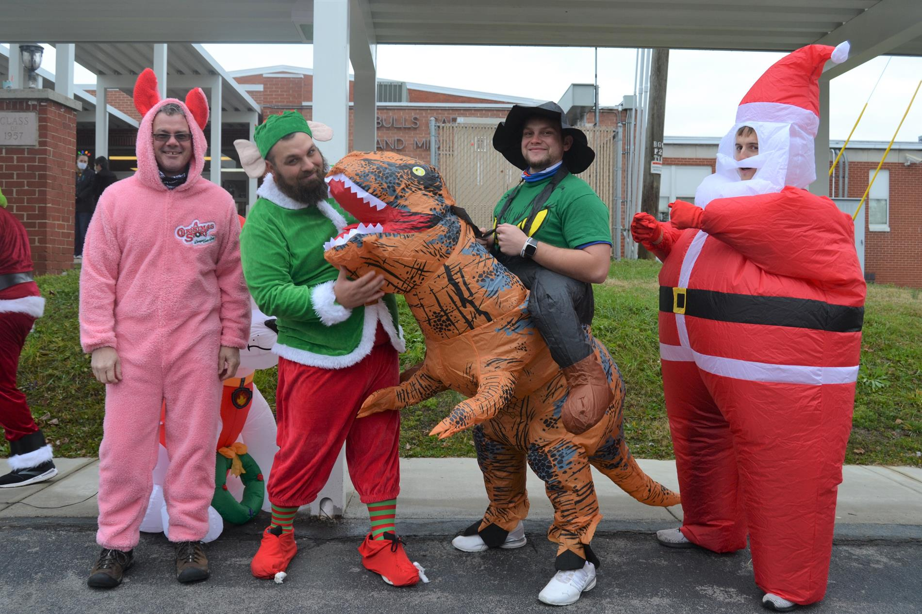 teachers dressed up for Christmas