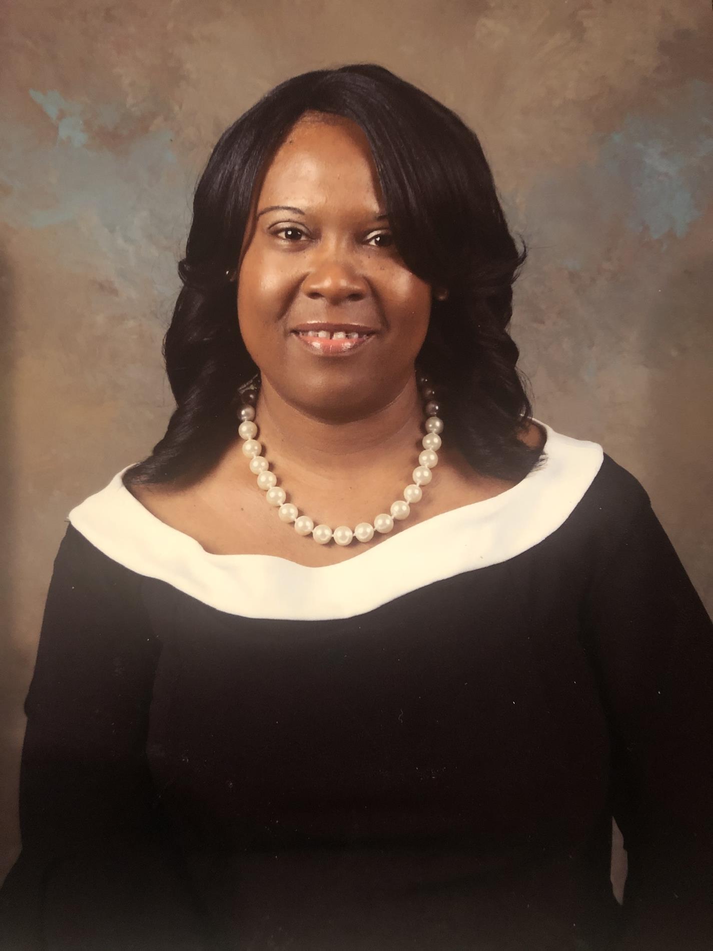 Sawanda Washngton, Principal