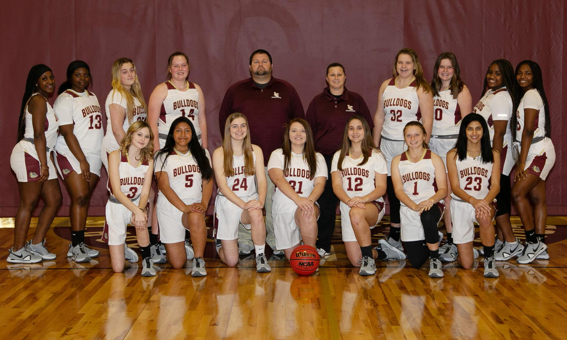 LCHS Girls Basketball Team