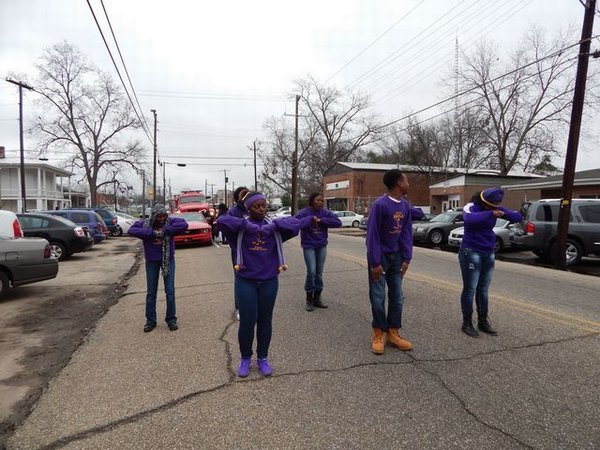 hosa members walking in parade