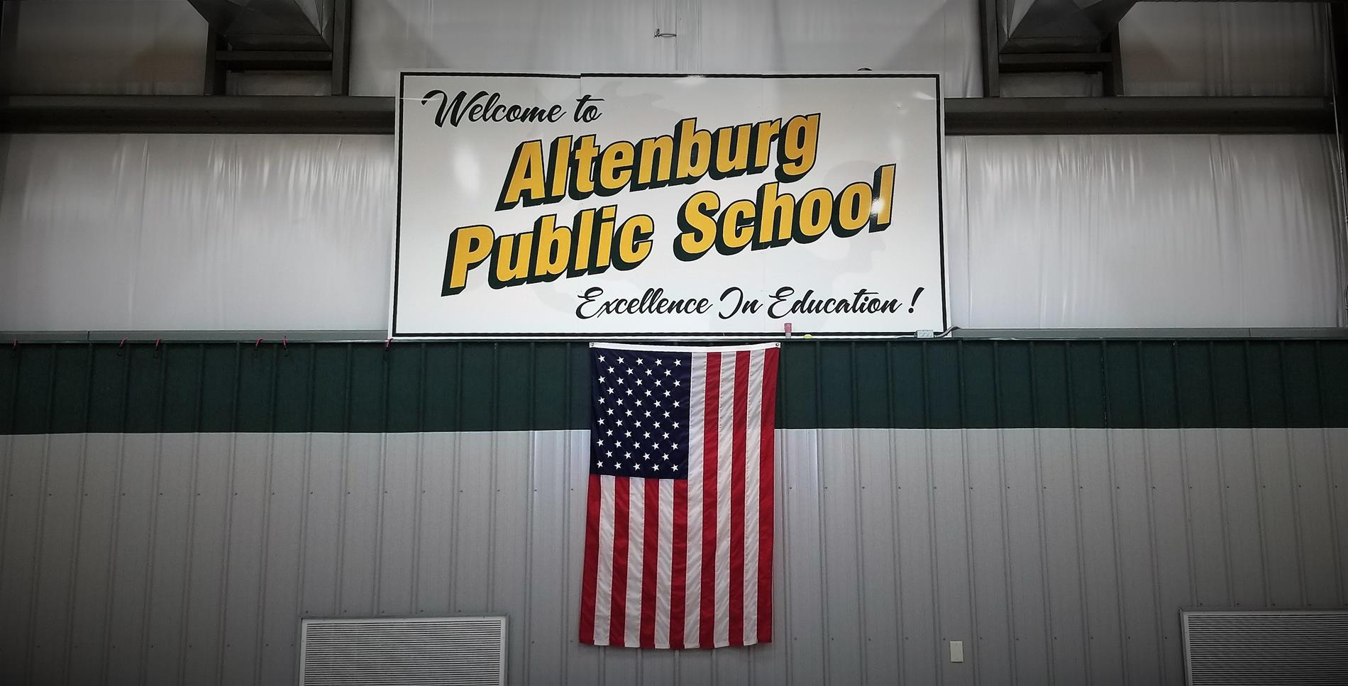 Altenburg Public School gym