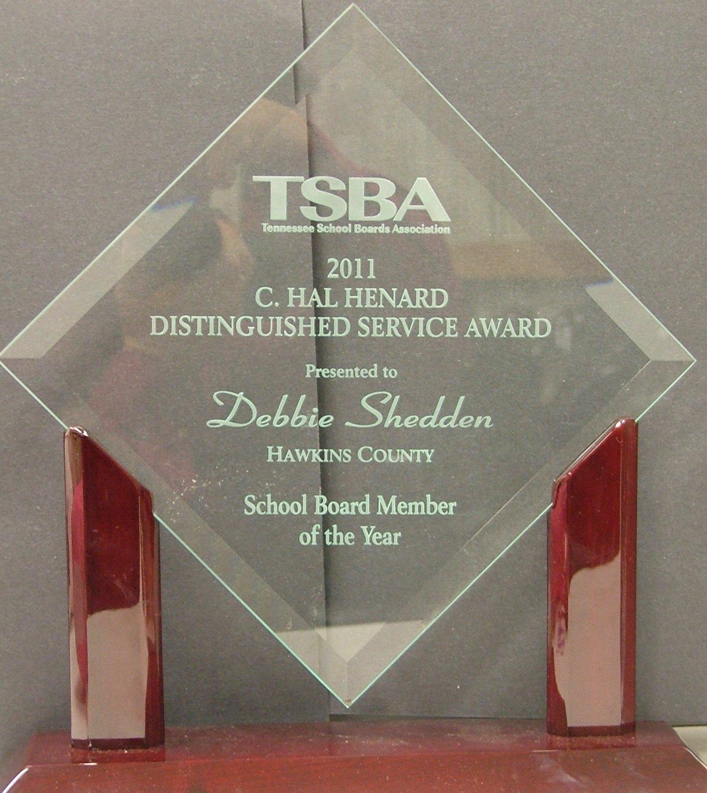 Debbie Shedden received the TSBA C.Hal Henard Distinguished Service Awar