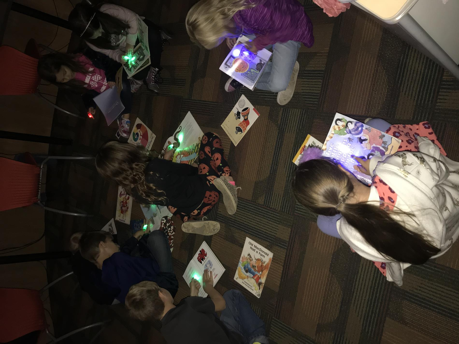 2nd Grade Doing a Glow Read