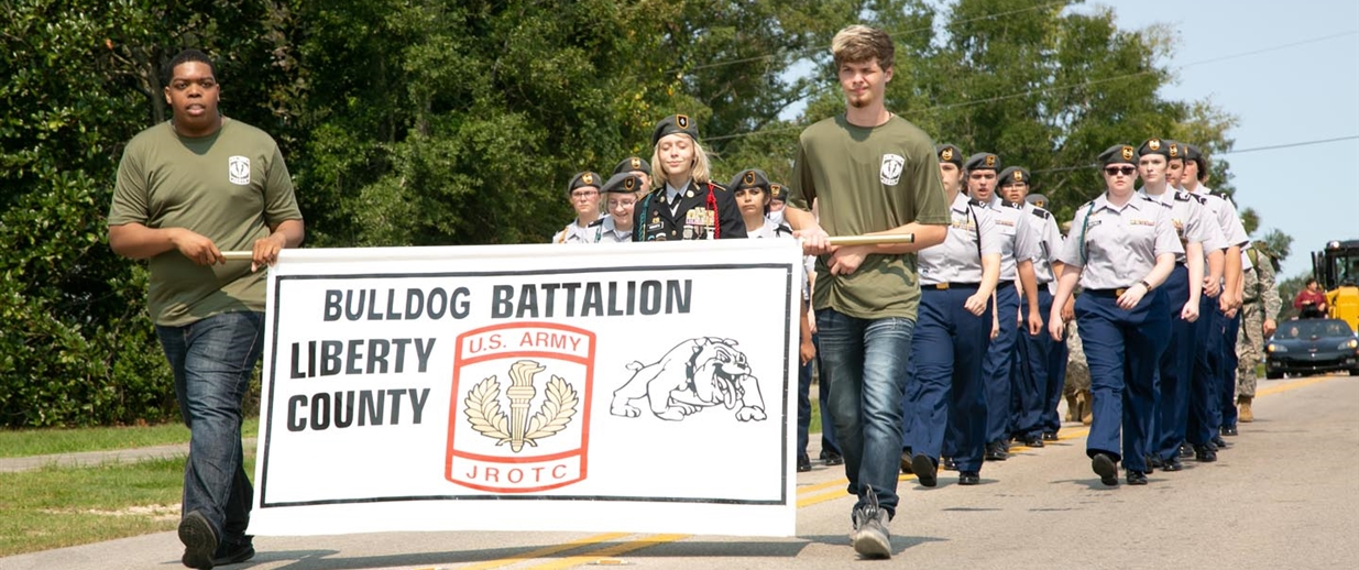 JROTC Bulldog Battalion in Homecoming Parage