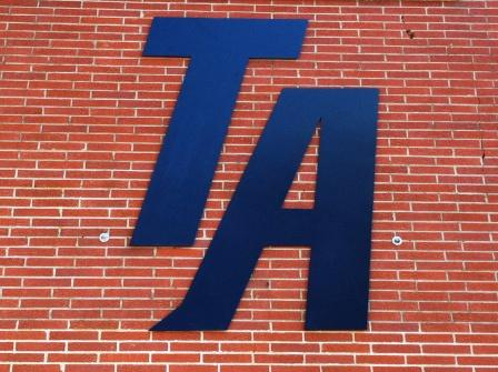 Tunica Academy logo