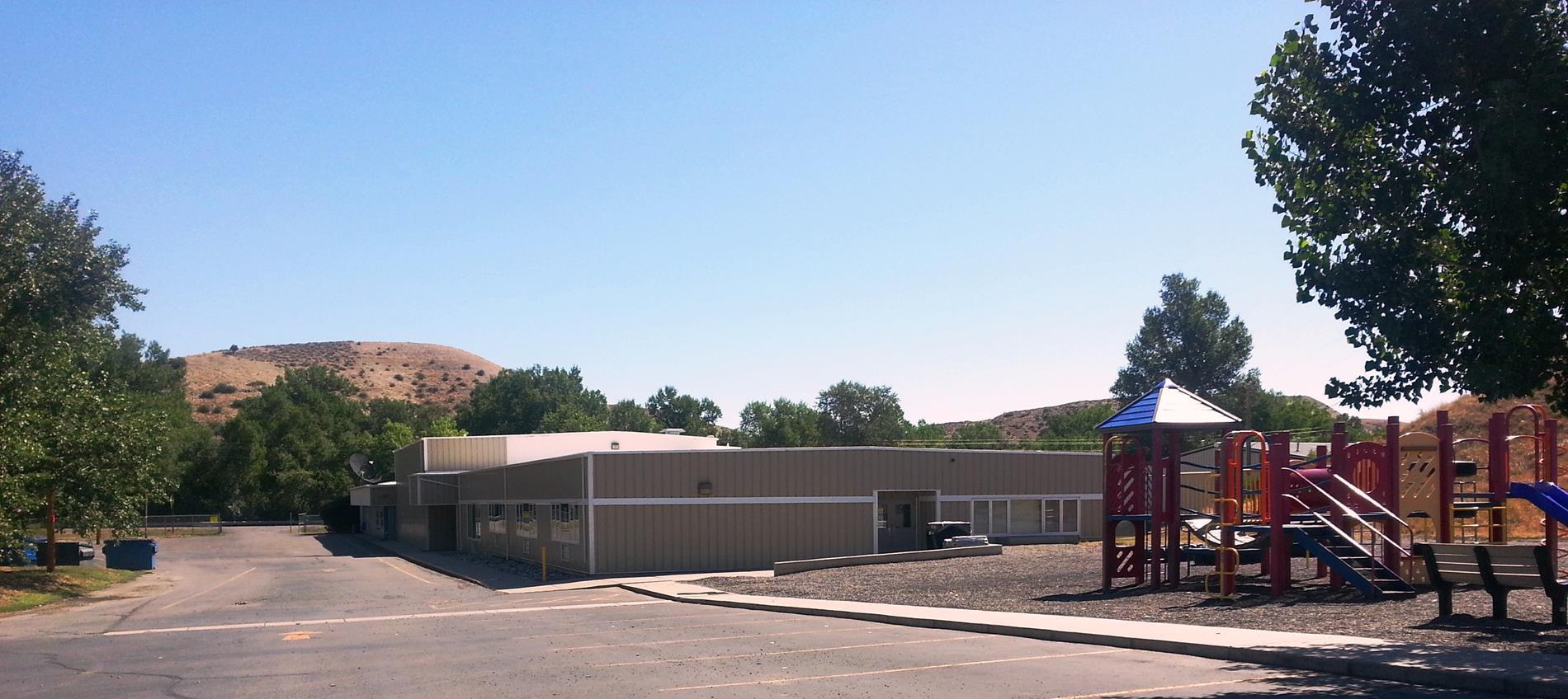 Blue Creek School