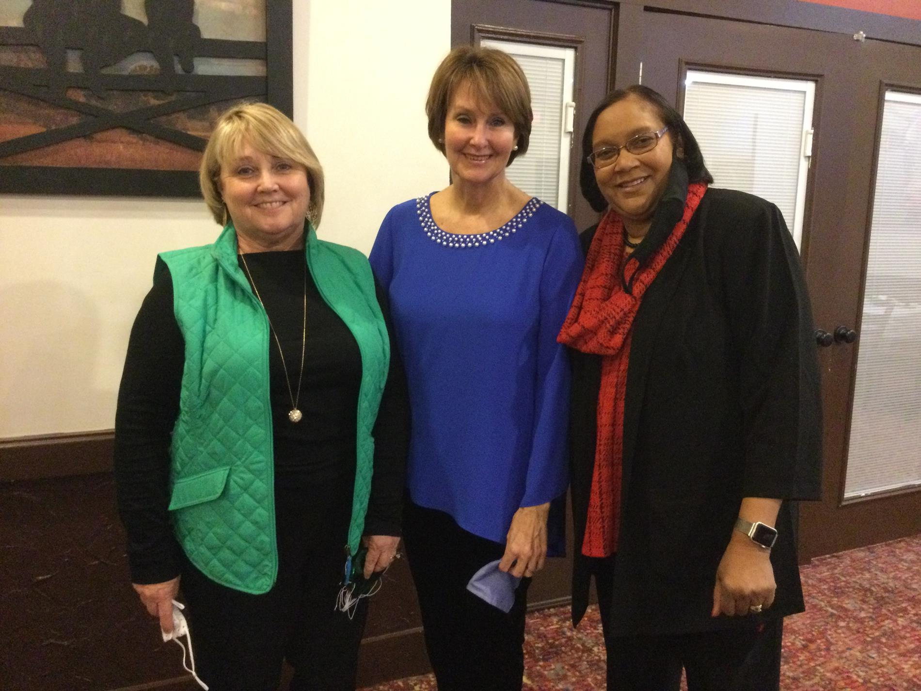 Becky Bigelow, Carol Bailey, Sharon Yarber