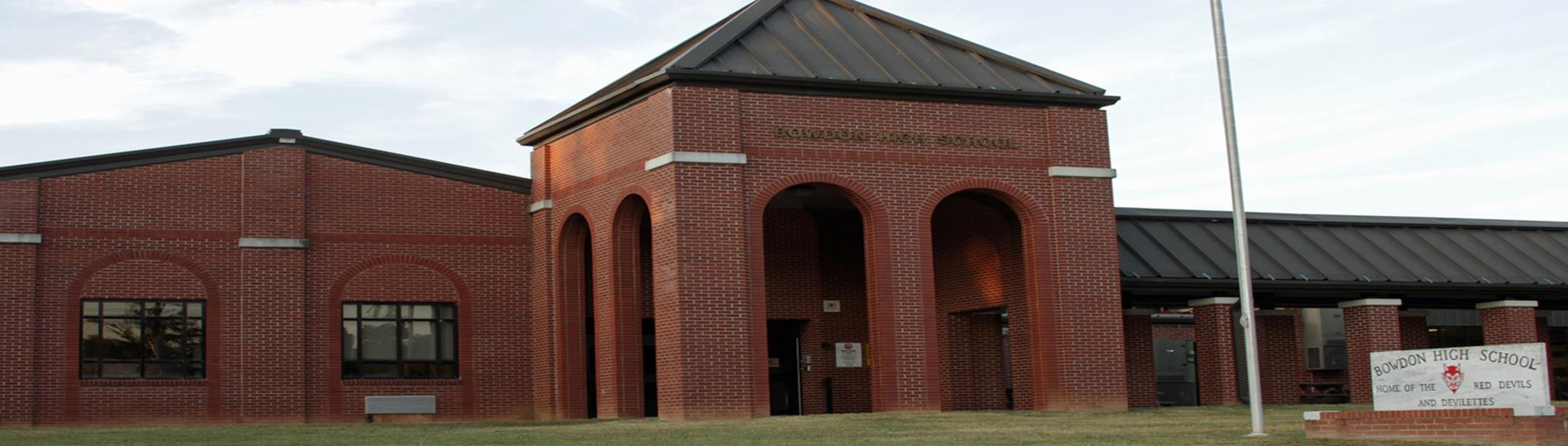 picture of Bowdon High School building