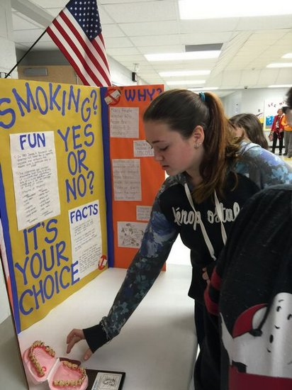 DWS student seeing the effects of tobacco use.