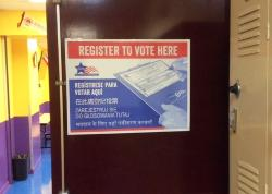 Students Sign Up to Vote During Registration Drive