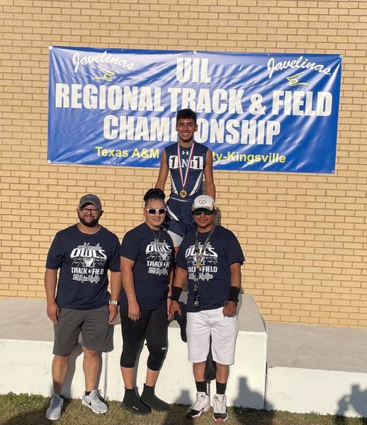 Angel Rodriguez qualifies for state