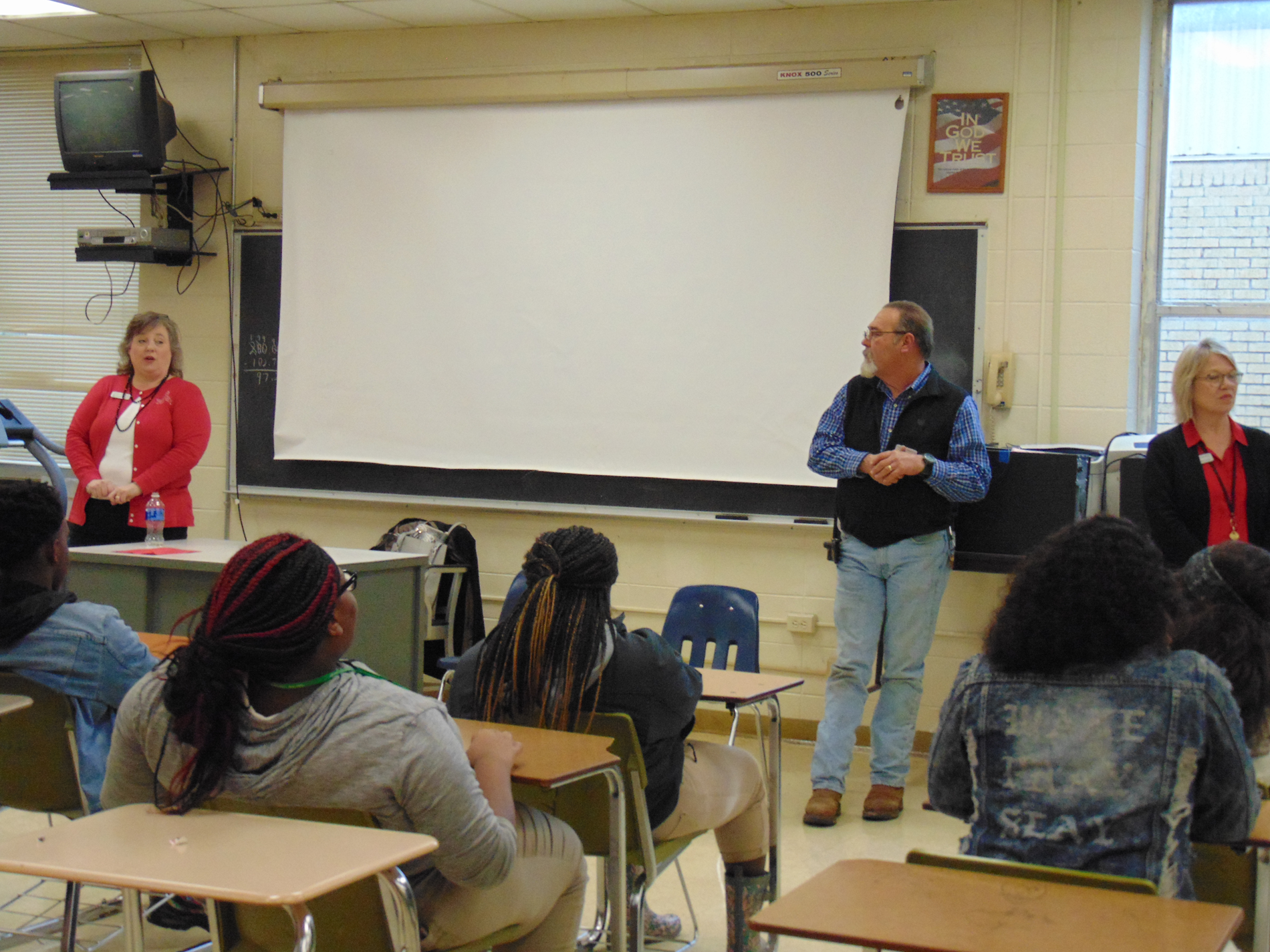 MDCC career talk about Articulation, Business and Metal Programs