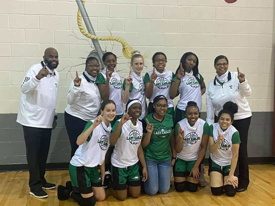 Lady Eagles Basketball Team Photo