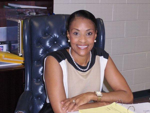 Dr. Traci Jackson