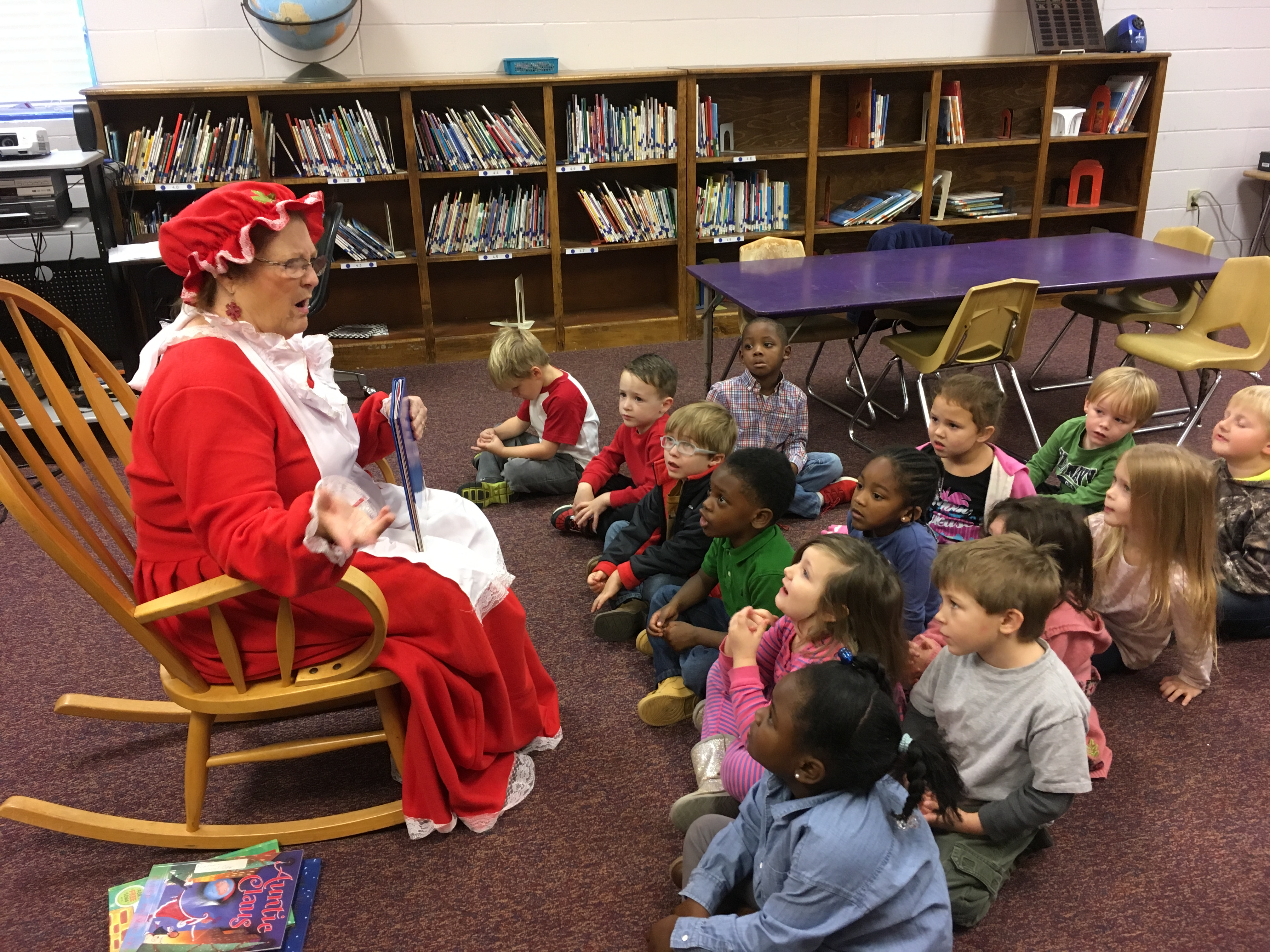 Mrs. Claus visits with Banks students