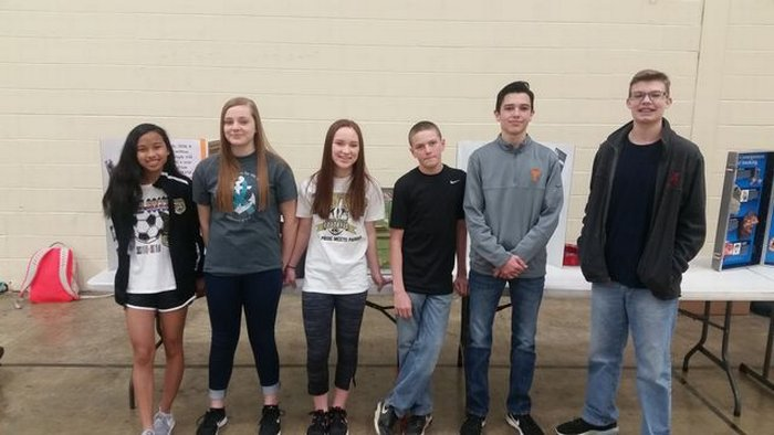 DCHS students on Kick Butts Day.