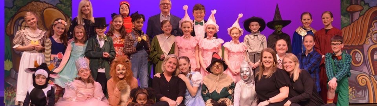 students in Wizard of Oz