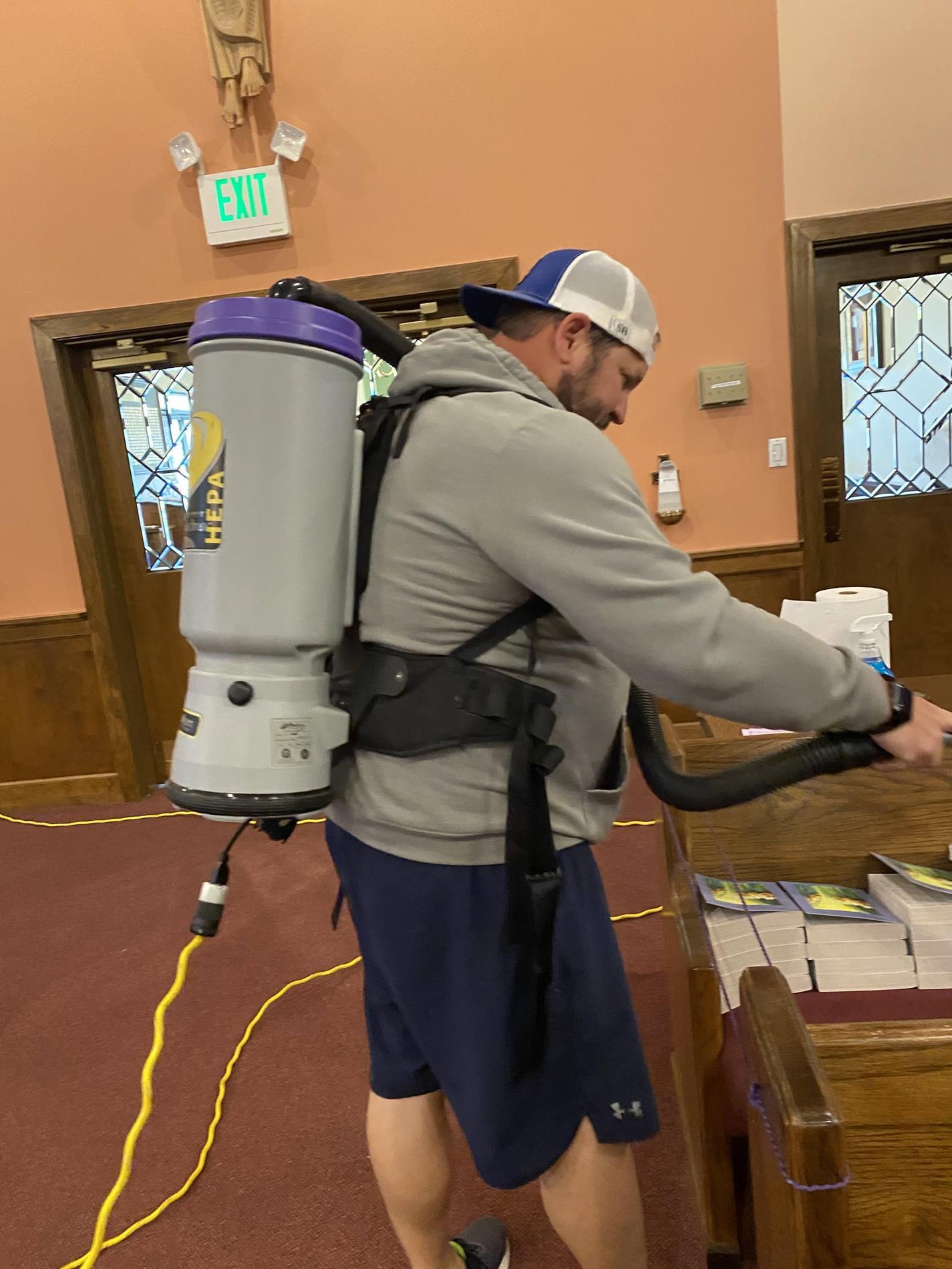 Mr Vacuum Man