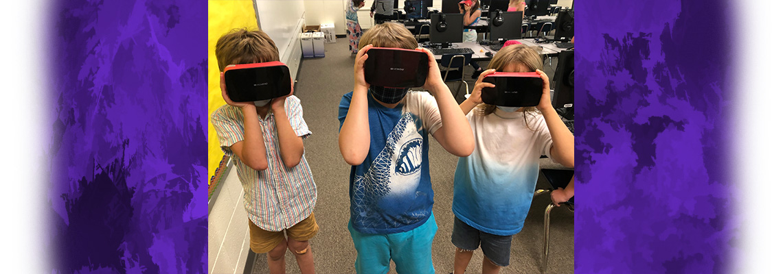 kids with VR goggles