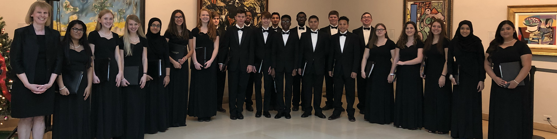 Rocky Hill High School Chamber Choir preforming at the Wadsworth