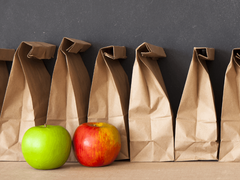 lunch bags with apples
