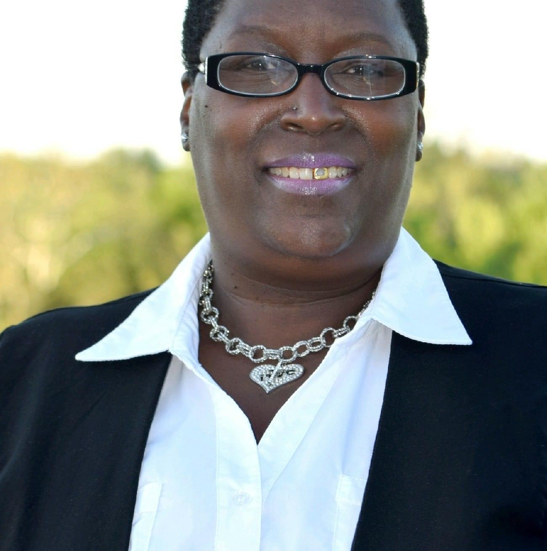 Ms. Yonnee Fortson