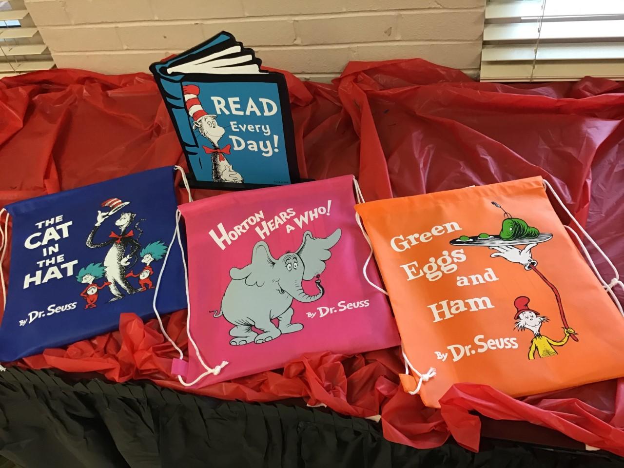 Dr. Seuss bag for students