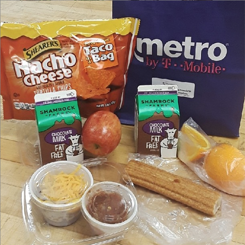 picture of food items found in grab-n-go lunch bag