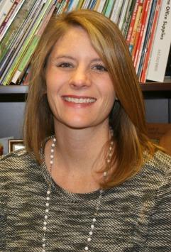 Lorie Davis