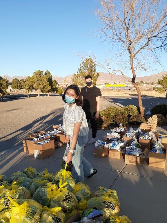 Students at food pantry