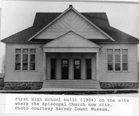 Burns High School 1904
