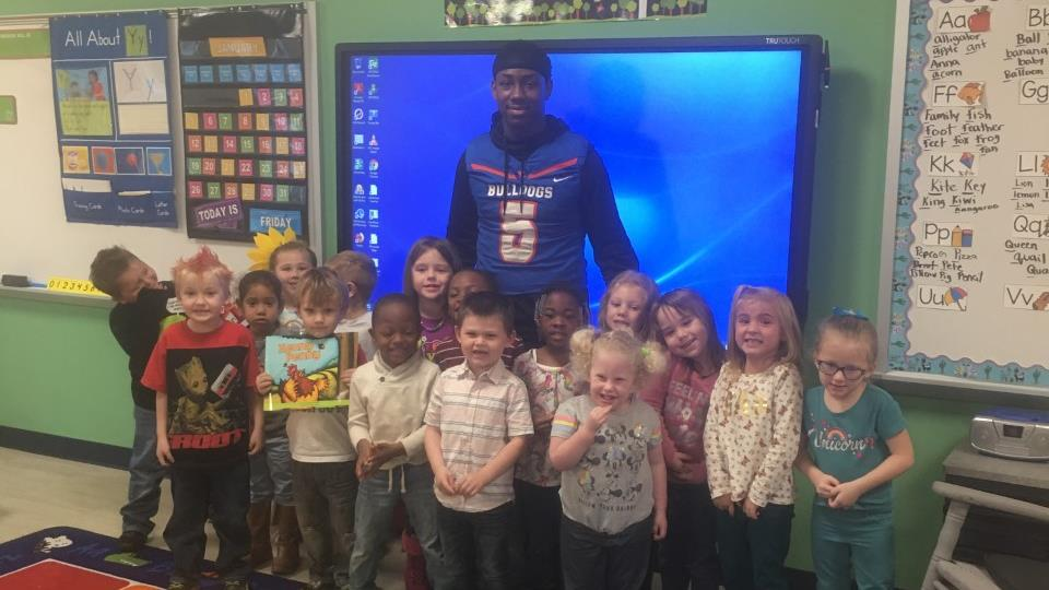 Ty Rankin visiting Taylor County Primary School during literacy week activities.
