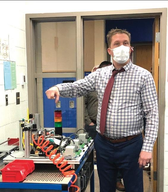 Mr. Watson shows off new Amatrol lab