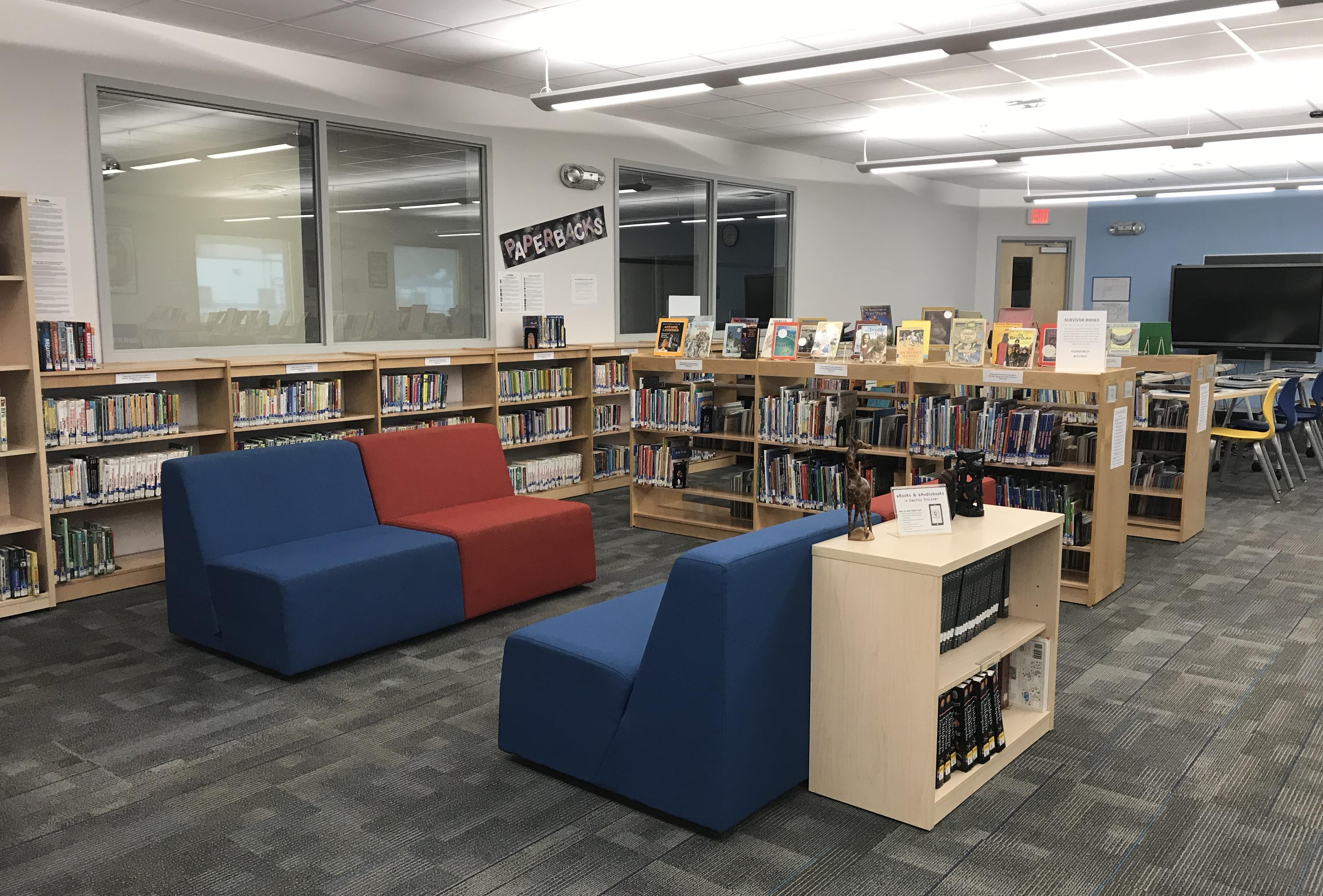 Learning Commons lounge